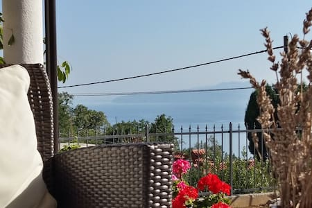 Close Opatija with nice sea view, 60m2