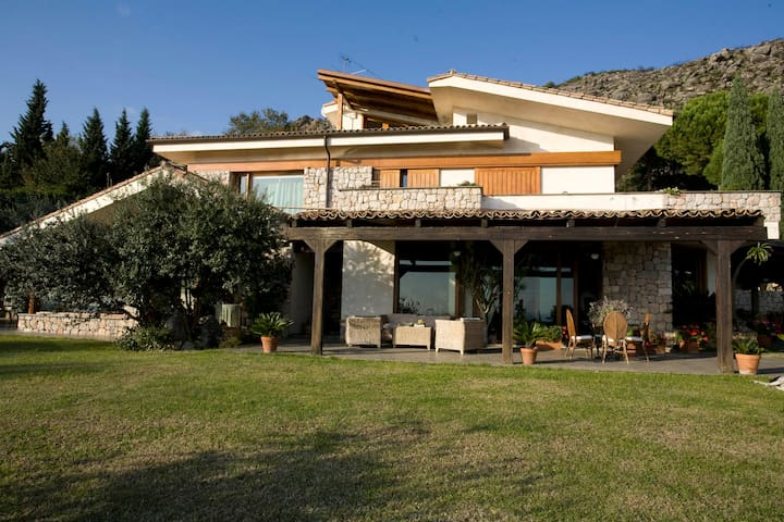 Little Paradise, villa with pool - Formia