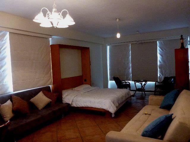 Apartamento tipo estudio, La Carant