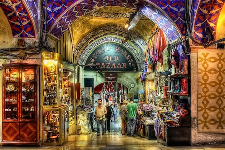 15 minutes walking distance from Grand Bazaar