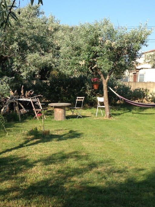 Villa d tente maisons louer frontignan languedoc for Endroit detente