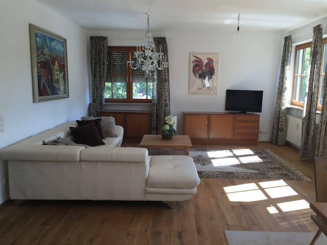 Ferienwohnung in Starnberg - Starnberg - Lejlighed