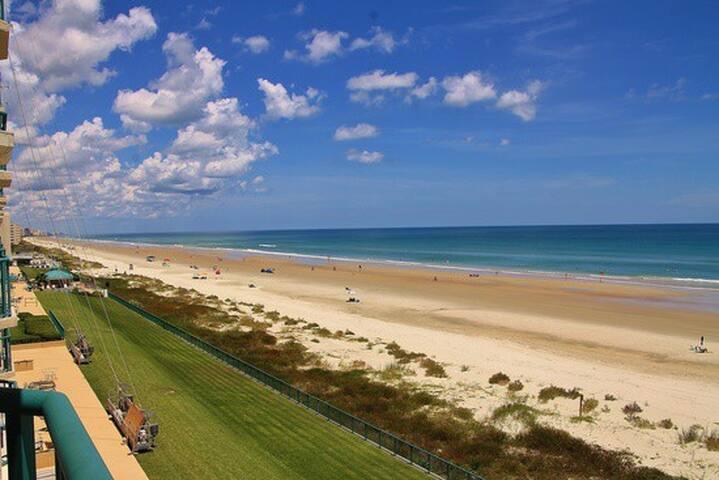 Beach Front Condo/Orlando/Disney - Port Orange - Condominium