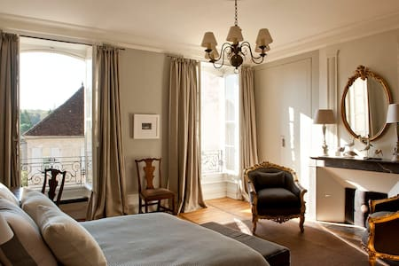 Maison de Bibby in the Lot - Martel - Bed & Breakfast