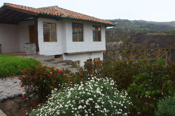 Mountain Cabin outside of Otavalo - Ibarra - Kabin