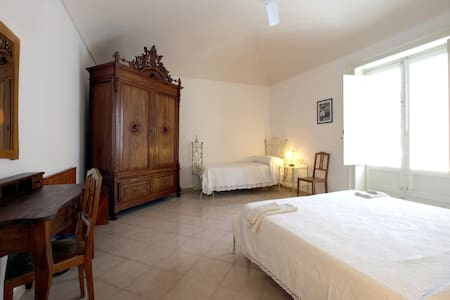 Fanny/Lorenza - Trapani - Bed & Breakfast