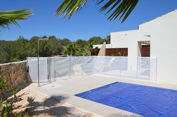 Nice house & pool Las Colinas Golf - Orihuela Costa - Huis