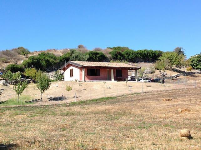 Farm house Sant'Alvara - Nulvi - House