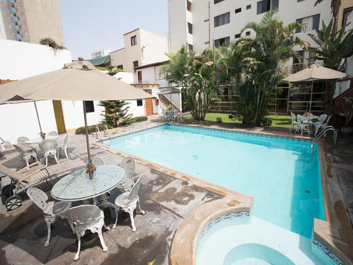 Habitacion Triple - Hotel Nirvana