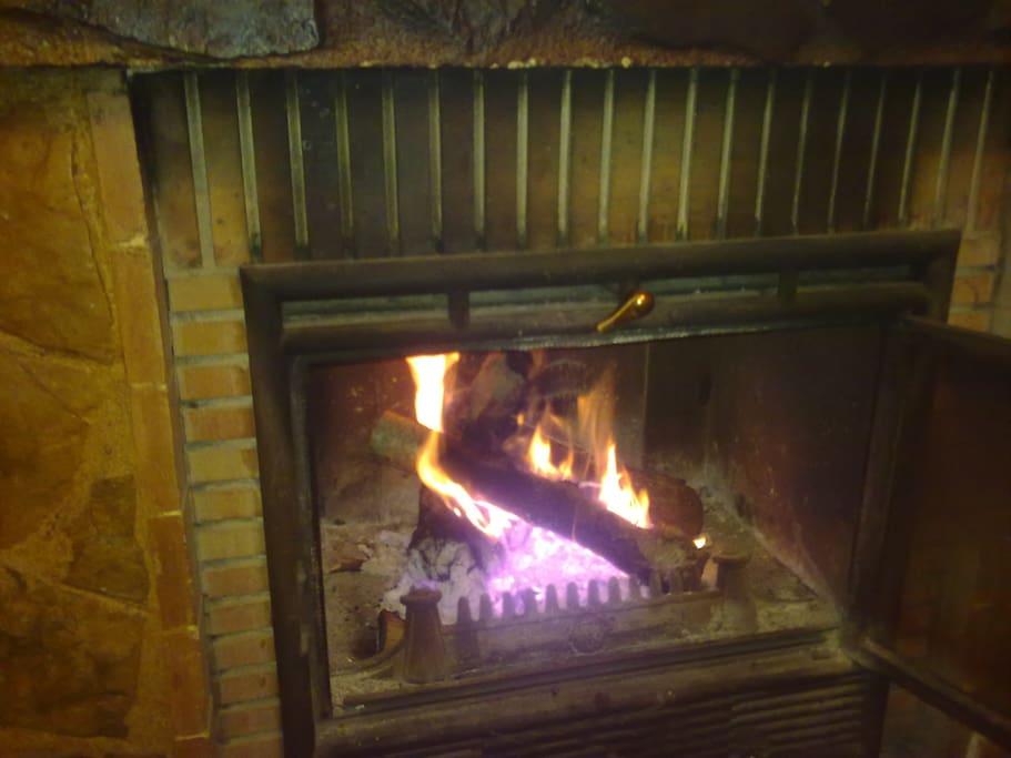 La chimenea en invierno