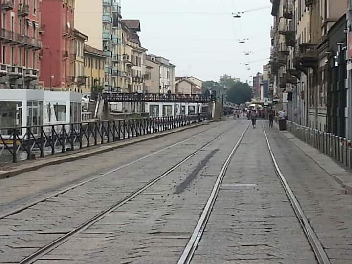 apartment in downtown Milan