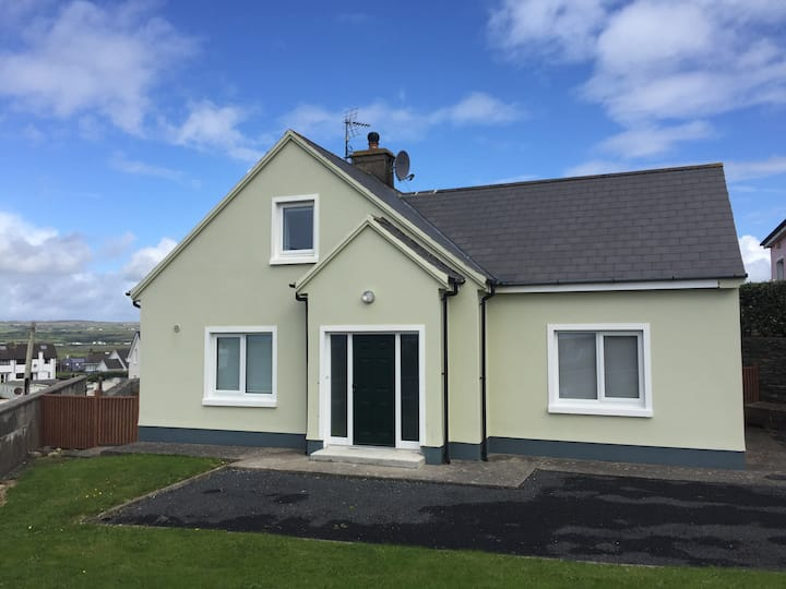 Charming remodelled 3 bed house