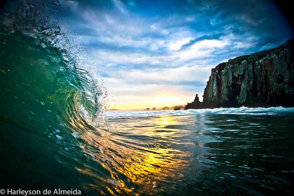 Banho de mar na praia da Guarita