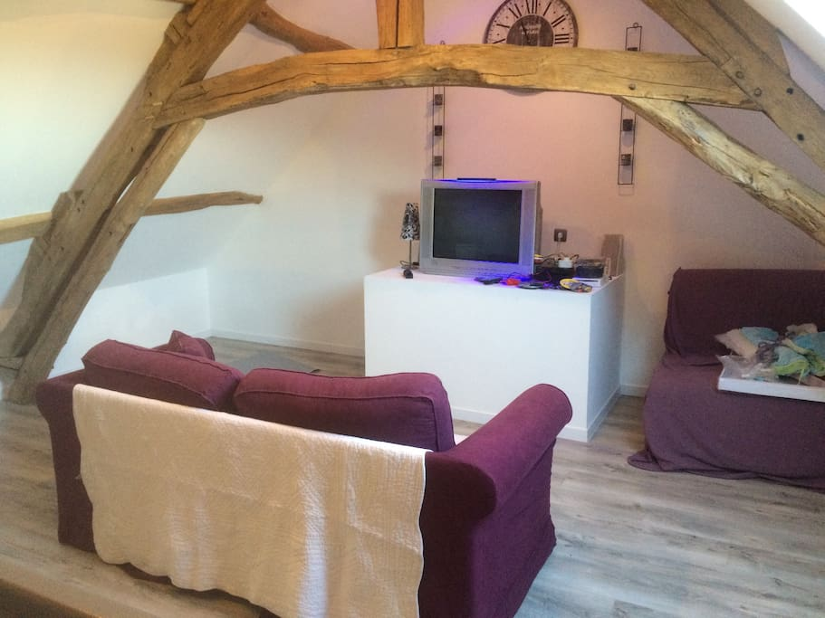 Chambre d 39 h tes 10 min de beauvais houses for rent in for Chambre beauvais