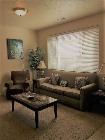 *NO GUEST SERVICE FEE* 2 Bedroom condo in Mesquite #371