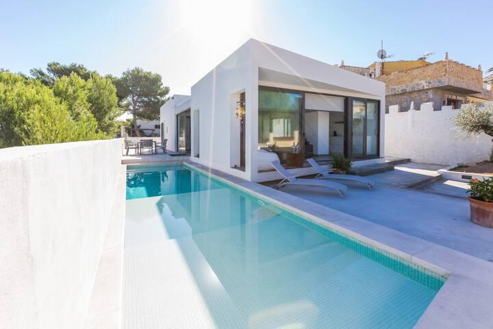 Can Seno - modern villa with private pool - Son Serra de Marina - Dağ Evi