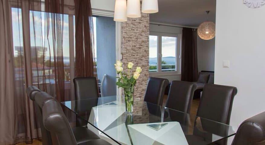 Luxuria Apartment Podstrana Split - Podstrana - Apartamento