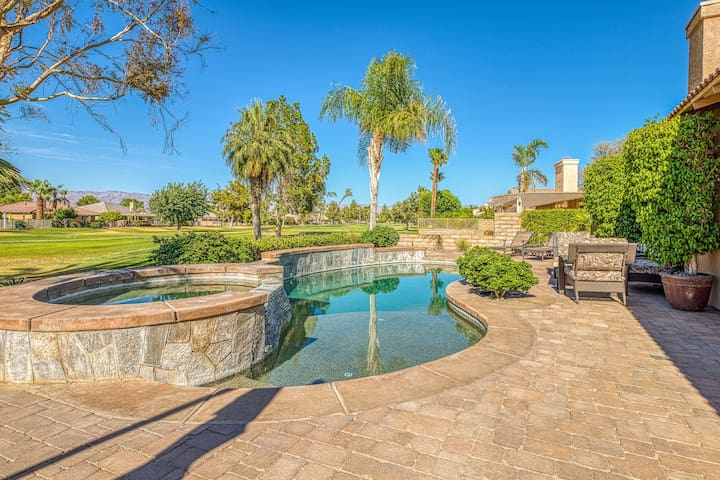 Premium Cleaned | Bright home w/ a private, outdoor pool, & pool spa - close to golf course!