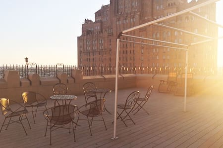 PENTHOUSE 3BR/5BA Private Roofdecks