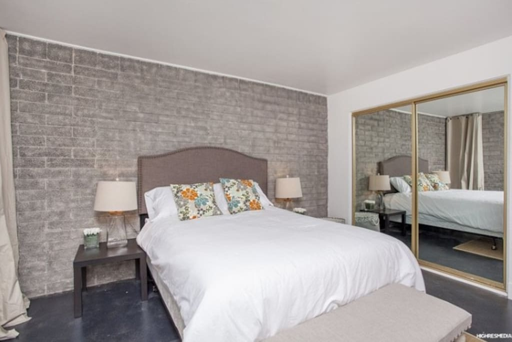 Spacious bedrooms with full closets, linens provided. Queen Bed.