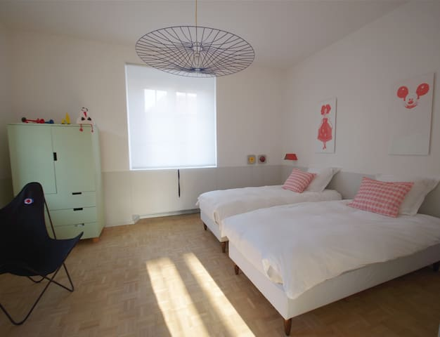 Chambre à deux lits 90 x 190 cm