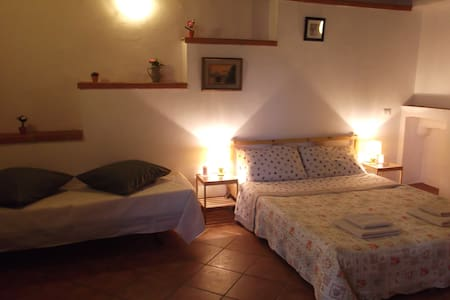 B&B 'Casa Fei' Home2 - Signa Florence - Bed & Breakfast