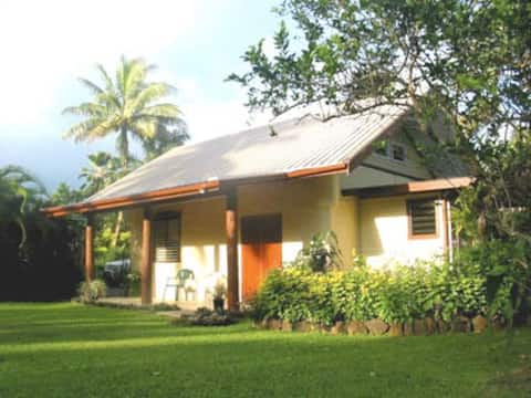 Large, Private Guest House w/ Pool