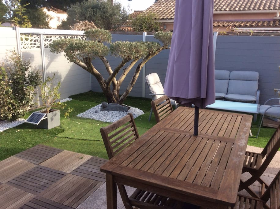 St tropez pr s mer beau jardin apartments for rent in for Beau jardin apartment