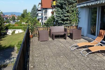 Sonnige 2-Zi-Whg. mit Terrasse - Überlingen