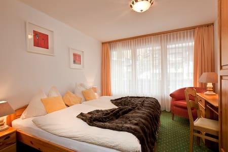 2-Zimmer Wohnung - Adelboden - Huoneisto