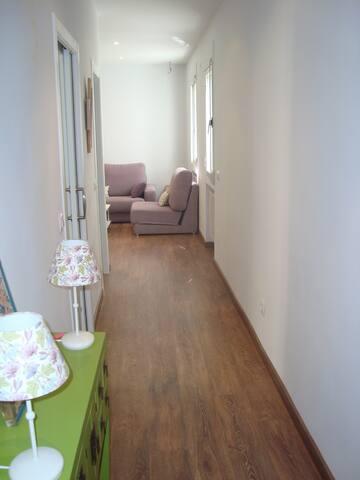 Céntrico, al lado Malasaña - Madrid - Apartment