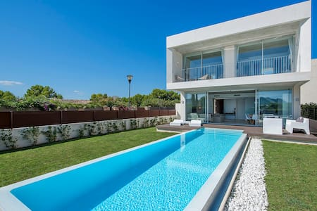 Villa Barcares on beach - Alcúdia - Villa