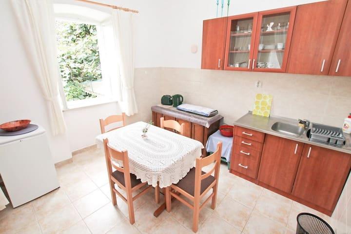 2 bedrooms in Herceg-Novi / 20m sea - Herceg Novi - Appartement