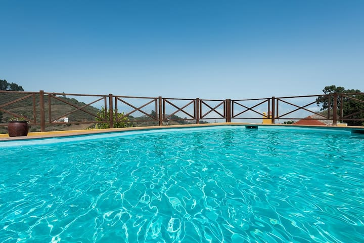 Naturacanaria  pool, jacuzzi &  WiFi - Moya - Hus