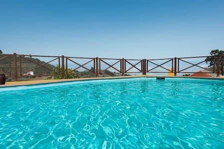 Naturacanaria  pool, jacuzzi &  WiFi - Moya