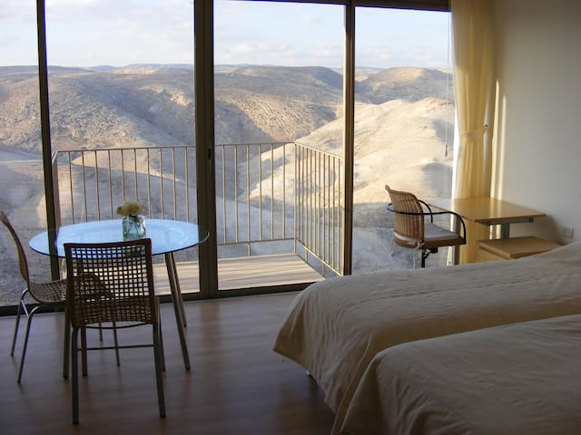 Western Landscape flat - Kfar Adumim - Leilighet