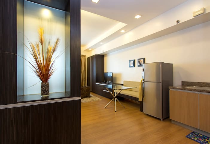Large studio within Shang complex - Mandaluyong