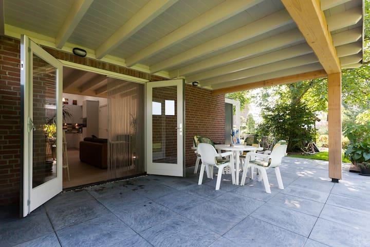 B&B Den Achterhof Uden - Uden - ที่พักพร้อมอาหารเช้า