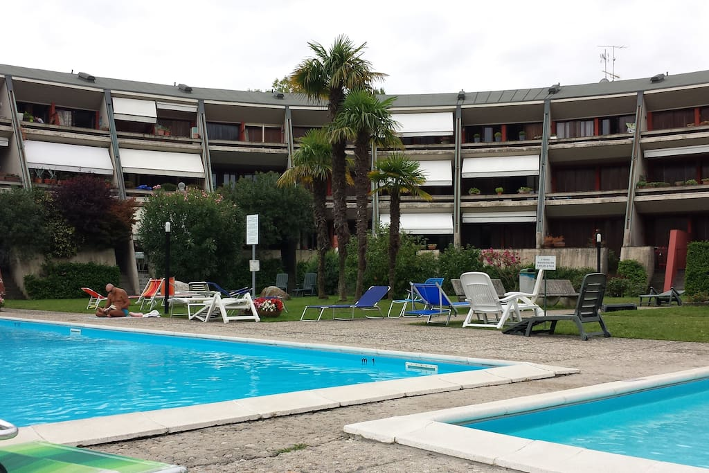 Residence Apartment With Pool Apartments For Rent In