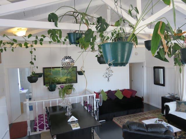 Upstairs Holiday Apartment - Denmark - Apartemen