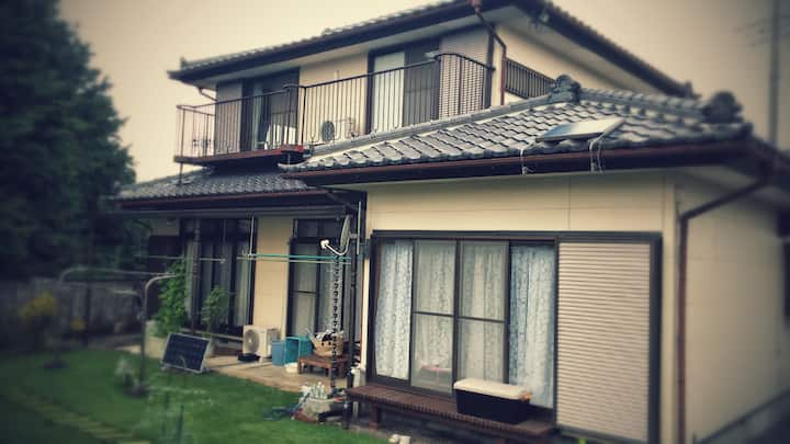 Home Easy Access to Nikko and Tokyo, English OK