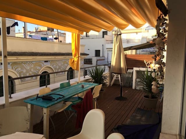 Centre 2 terraces single cool room - Sitges  - Huoneisto