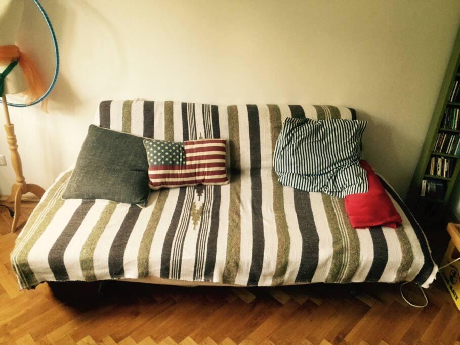Die gemütlich Schlafcouch (ausziehbar)