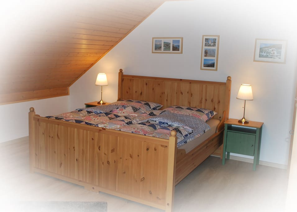 Schneider´s-Schlafstube B&B - Bed and breakfasts for Rent in Bad Endbach, Hessen, Germany