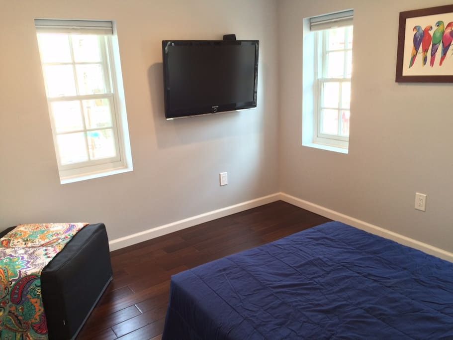 3rd floor bedroom w/ pull out sofa and ottoman (see our other listing for availability)