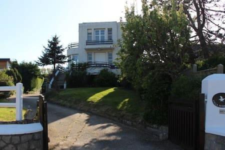 Villa audacieuse - Saint-Aubin-sur-Mer