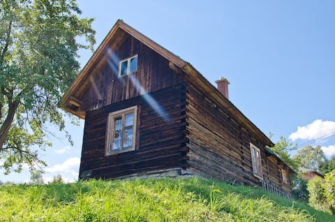 Lovely Wooden Log Cabin Dúbrava