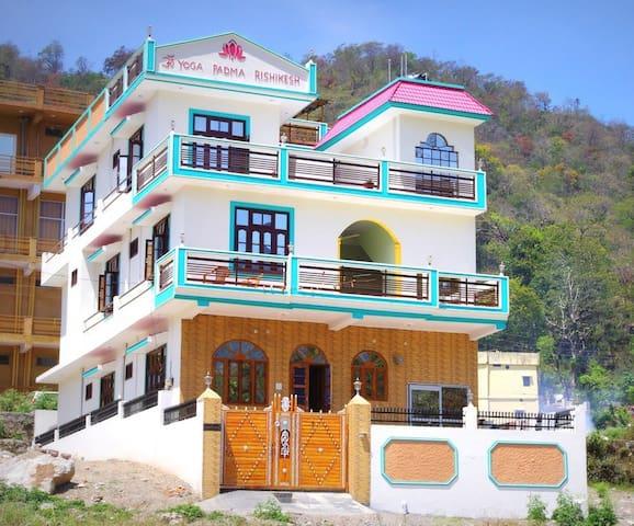 Yoga Padma Rishikesh House - Rishikesh - Dům