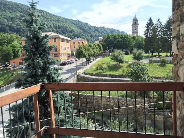 Appartamento centralissimo - Santo Stefano D'aveto - Квартира