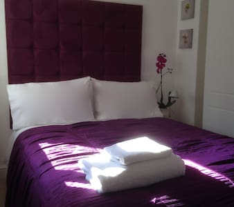 Centre of Town Double Room - Bury Saint Edmunds - Talo